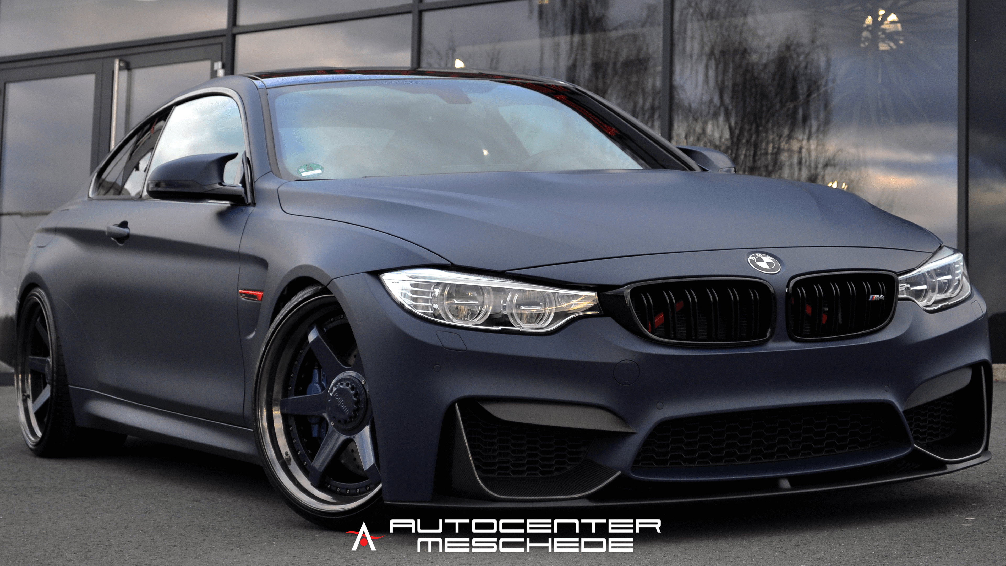 Wallpaper M4 | Autocenter Meschede